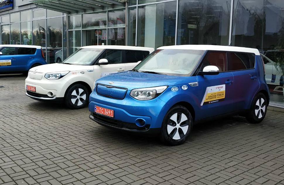 Бренд Kia і Корпорація «УкрАВТО» стали партнерами «Українського автомобільного форуму 2018»